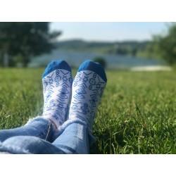 Veselé ponožky HESTY - Čičmany kotníkové modré