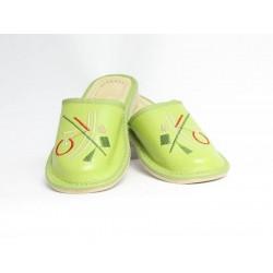 Dámské kožené pantofle model 34