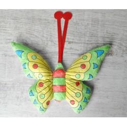 Maskot motýl - omalovánka